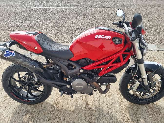 Imagen producto Ducati monster 796 1