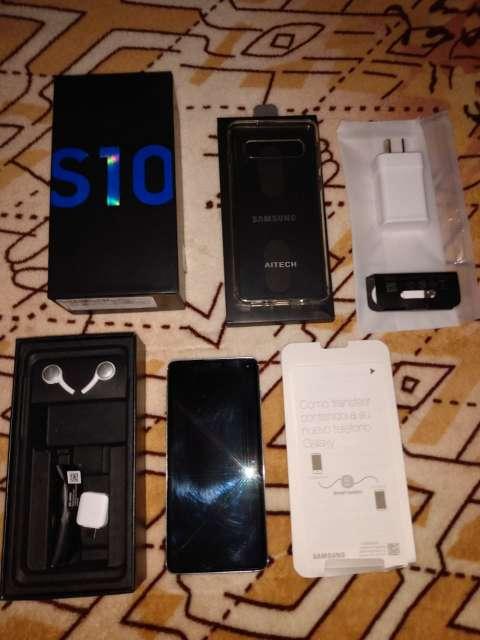 Imagen vendo celular Samsung S10