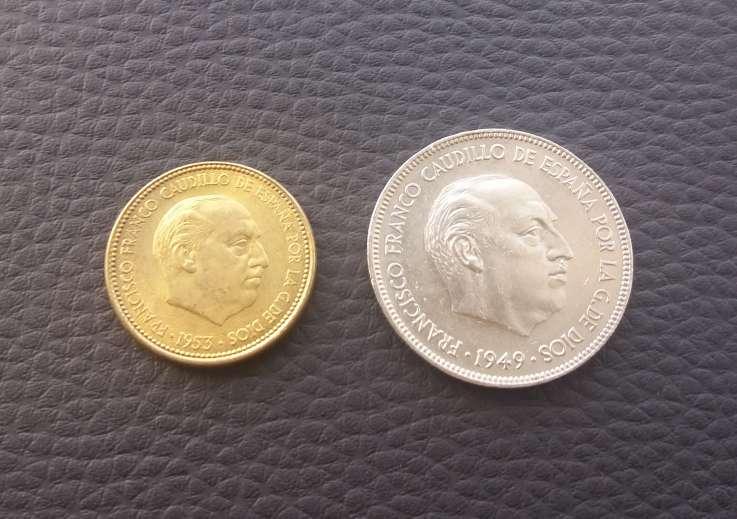 Imagen España Franco 2,5 pesetas 1953 y 5 ptas 1949