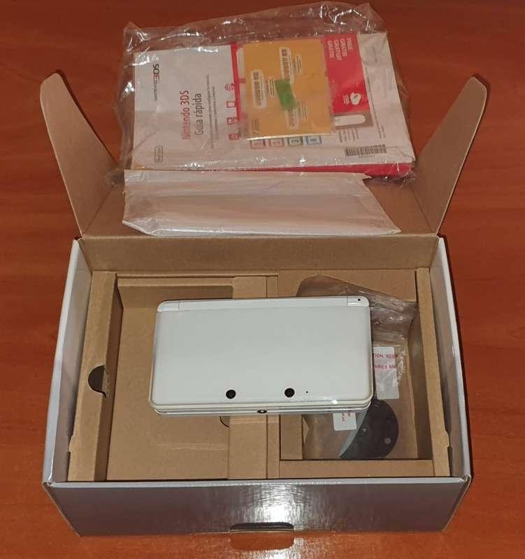 Imagen producto Videoconsola Nintendo 3DS Blanca Con Caja Original 2