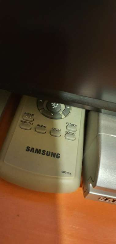 Imagen producto Reproductor DVD Samsung P2-44 3