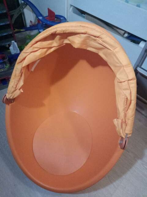 Imagen silla huevo infantil Ikea