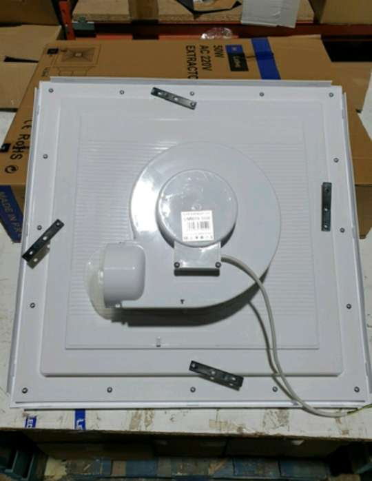 Imagen producto EXTRACTOR 60x60 cmts 4
