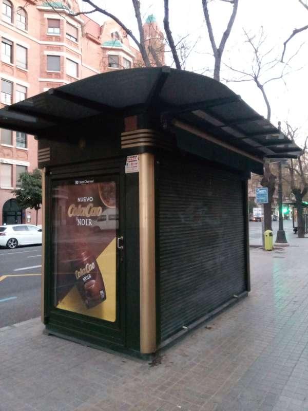 Imagen vendo kiosco en valencia calle Jesús