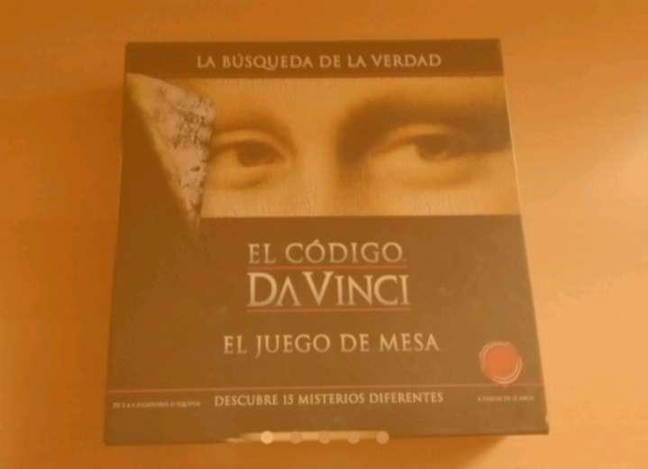 Imagen Pack con 2 juegos de mesa. El Código Da Vinci.  Stratego Raw smackdown.
