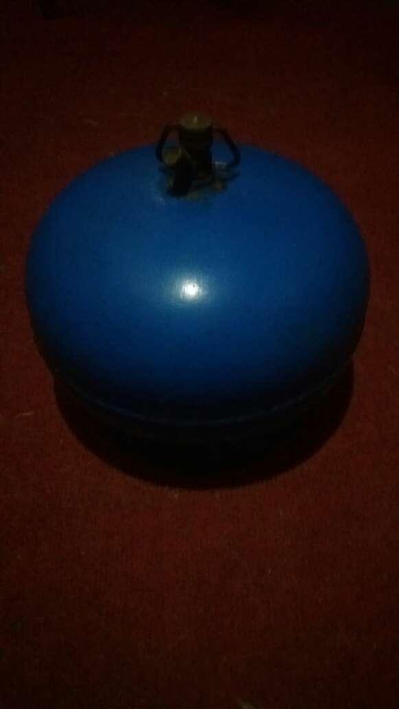 Imagen garrafa de 3 kilos con algo de gas