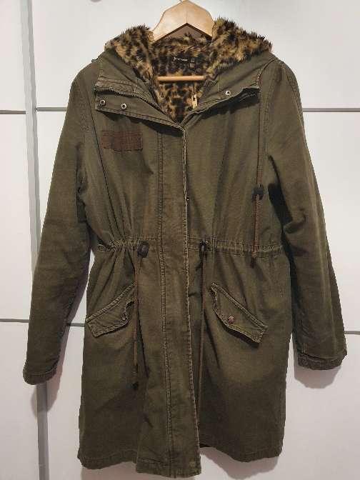 Imagen chaqueta color verde oliva