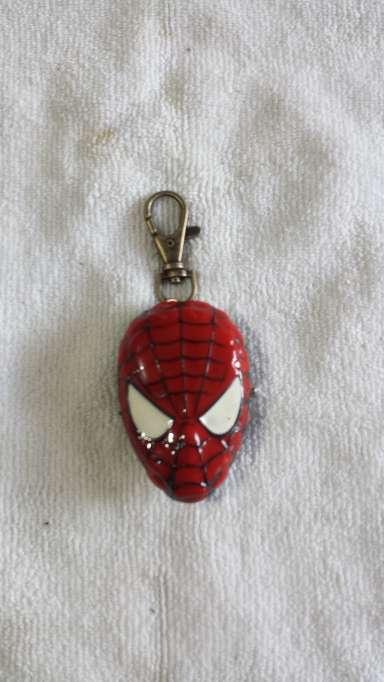 Imagen LLavero Spider Man reloj metalico