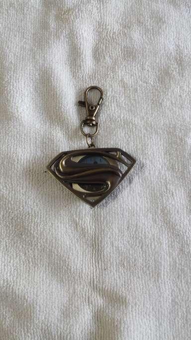 Imagen Llavero reloj Superman metalico