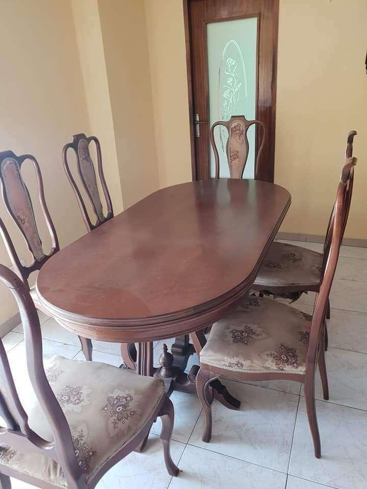 Imagen Conjunto mesa y seis sillas