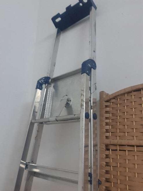 Imagen producto Escalera Aluminio NUEVA. 3