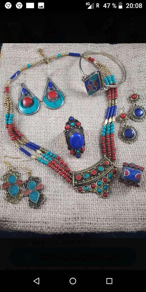 Imagen conjunto de joyas