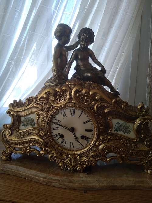 Imagen reloj de bronce muy bueno