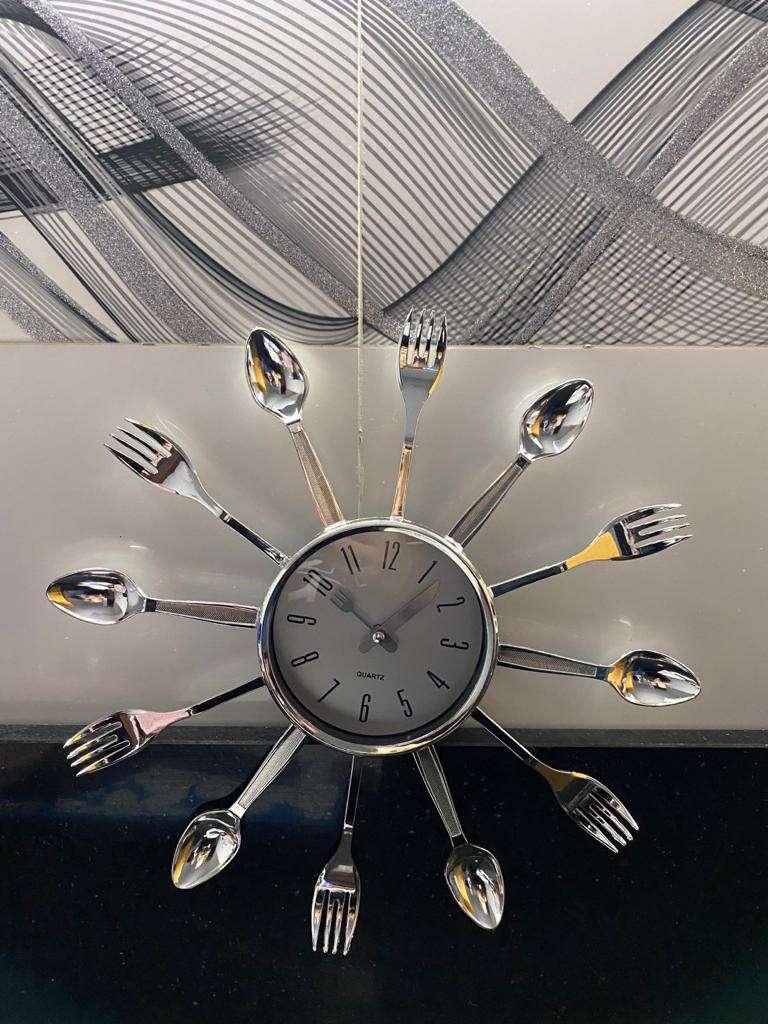 Imagen Reloj Plateado Cubierto (unidades cuantas quiera) ????