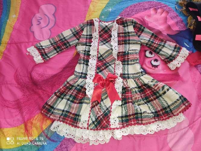 Imagen vestido precioso niña escocés
