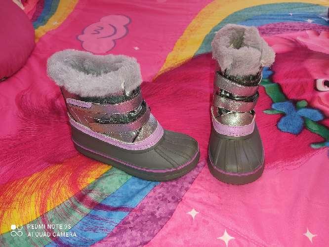 Imagen botas nieve nuevas