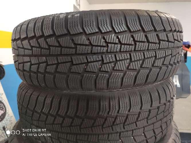 Imagen Vendo neumáticos de contacto