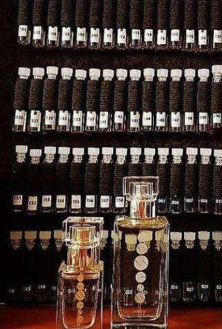 Imagen muestra perfumes
