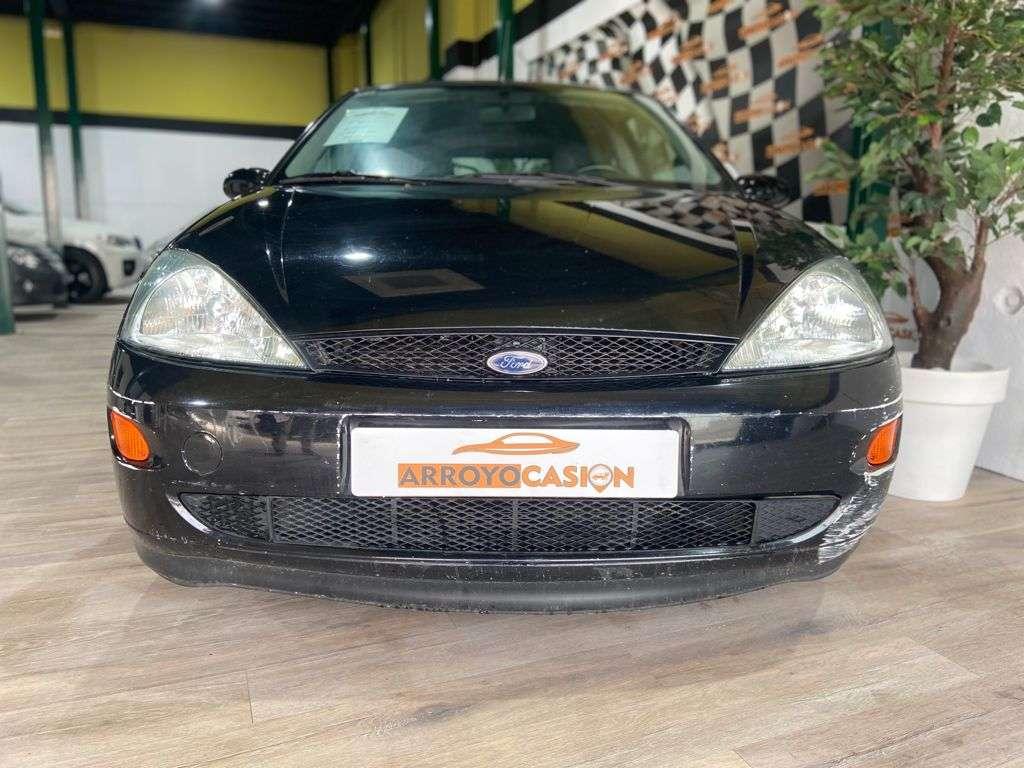 Imagen Ford focus 1.6 GASOLINA 100cv  2001