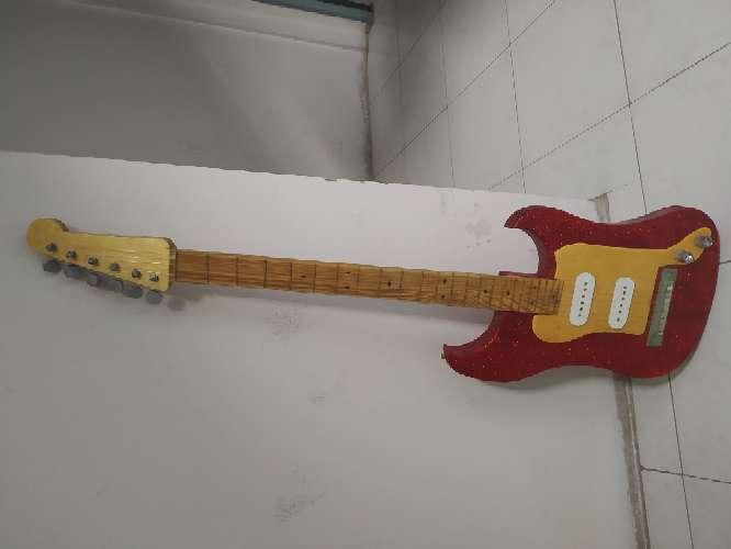 Imagen Vendo guitarra
