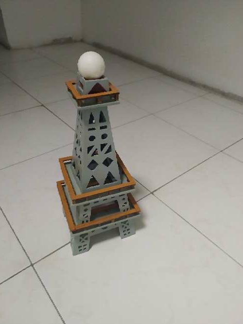 Imagen producto Vendo Torre Eiffel 2