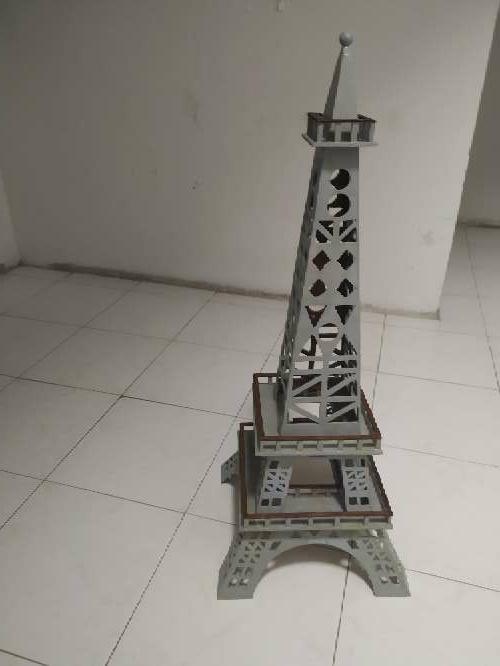 Imagen producto Vendo Torre Eiffel grande 3