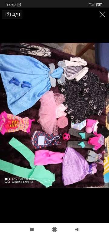 Imagen vendo ropa barbie