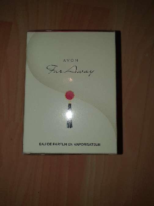 Imagen Perfume FAR Away Avon