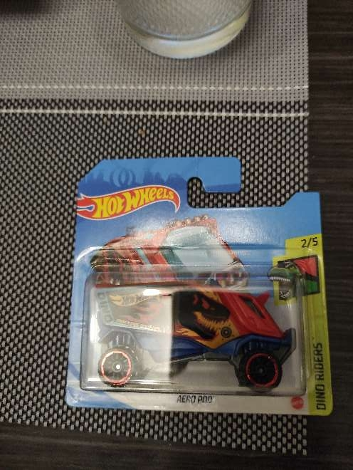Imagen Hot Wheels Aero Pod rojo-azul 2/5 Dino Riders