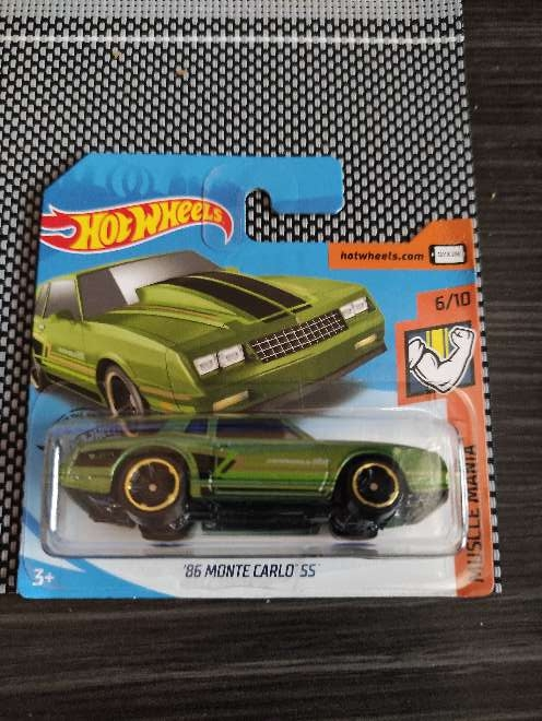 Imagen Hot Wheels '86 Monte Carlo SS verde 6/10 Muscle ma