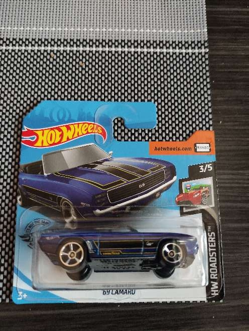 Imagen Hot Wheels '69 Camaro azul 3/5 HW Roadsters