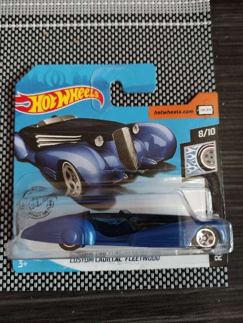 Imagen Hot Wheels Custom Cadillac fleetwood azul 8/10 rod