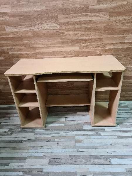 Imagen producto Mesa escritorio y ordenador 1