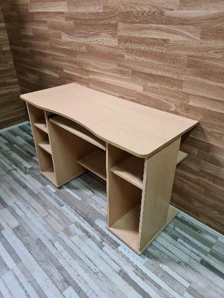 Imagen producto Mesa escritorio y ordenador 3