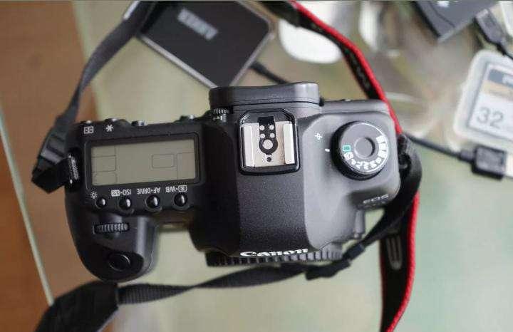 Imagen producto Canon Cámara EOS  5D Mark II  2