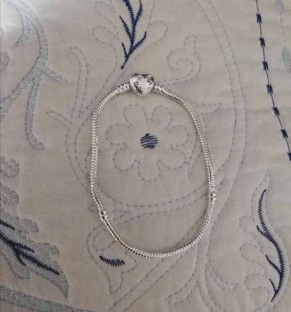 Imagen producto Pulsera Corazón Logo Pandora para Charms de Pandora, Bañada en Plata  2