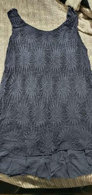 Imagen vestido azul oscuro