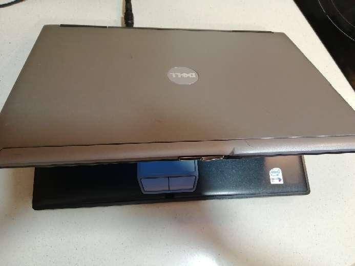 Imagen producto Ordenador portátil Dell LATITUDE D620 con Windows 7 y Paquete Office.  5