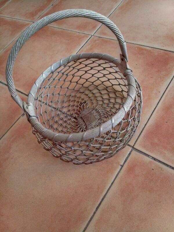 Imagen huevera artesanal