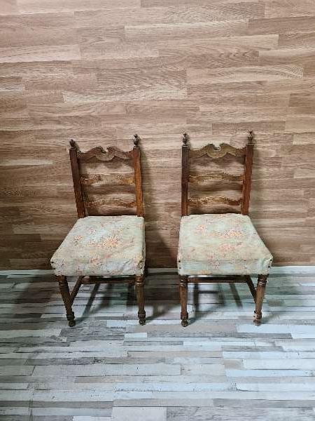 Imagen Dos sillas antiguas