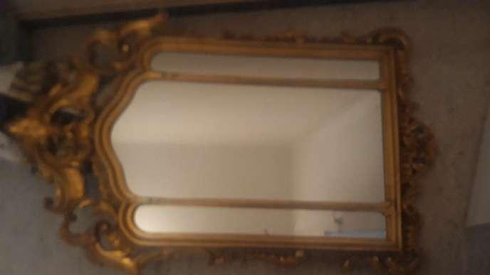 Imagen Espejo antiguo más recibidor
