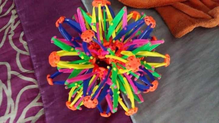 Imagen bola multicolor extensible