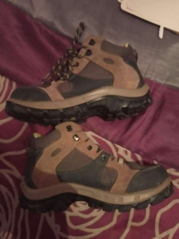 Imagen botas de monte Número 35