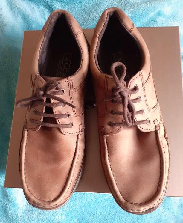 Imagen Zapatos De Marca De NOBUK Solo 4 posturas En Caja