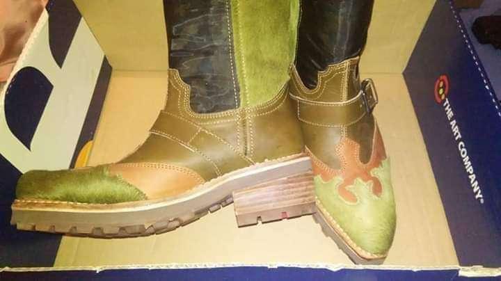 Imagen botas altas número 37