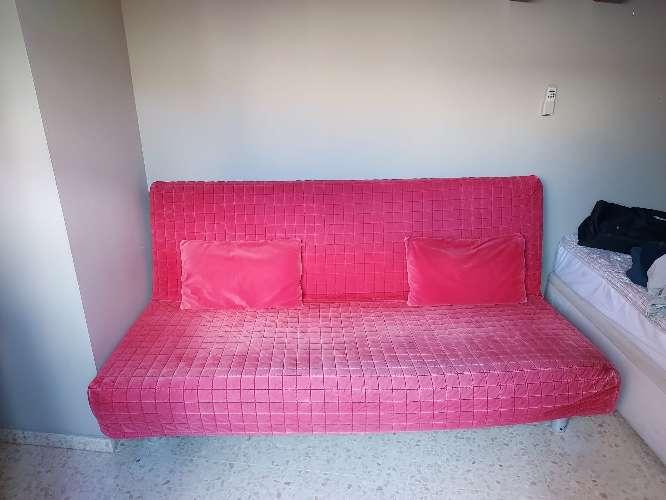 Imagen Sofá de Ikea convertible en cama de matrimonio