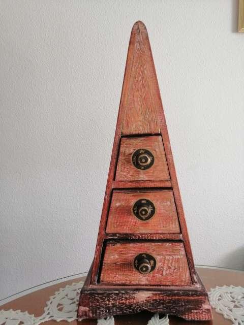 Imagen Joyero de madera.