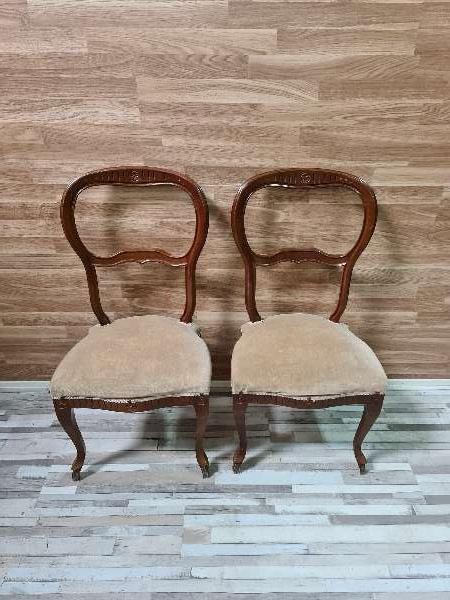 Imagen Dos sillas para restaurar