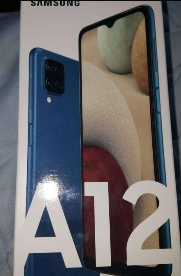 Imagen Samsung galaxy a12 azul nuevo