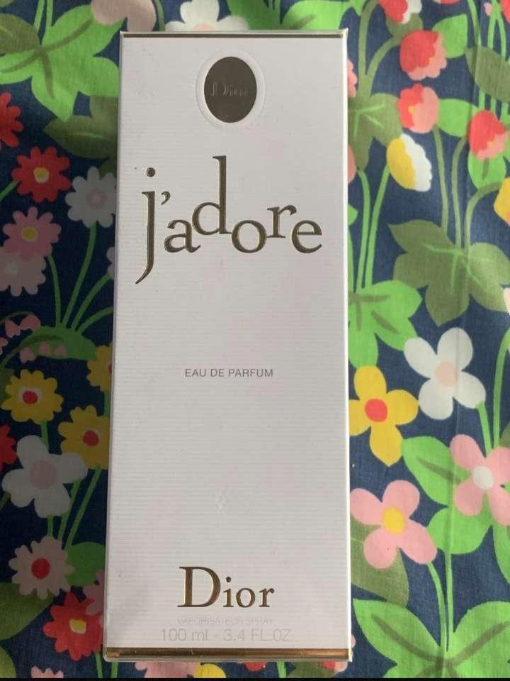 Imagen Dior de jadore perfume de mujer 100ml
